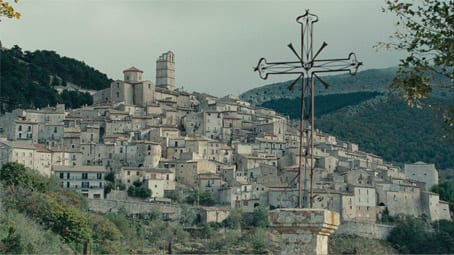 Castel del Monte; still from the film 'The American'