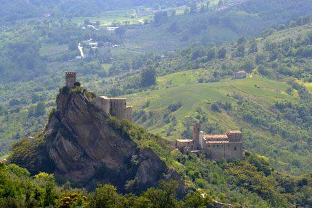 Roccascalegna Castle
